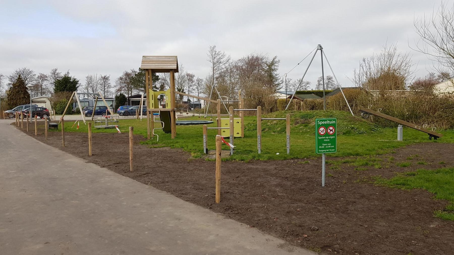 Der Spielplatz im Park De Wielen