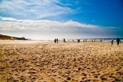 Es ist nie überfüllt am Strand...